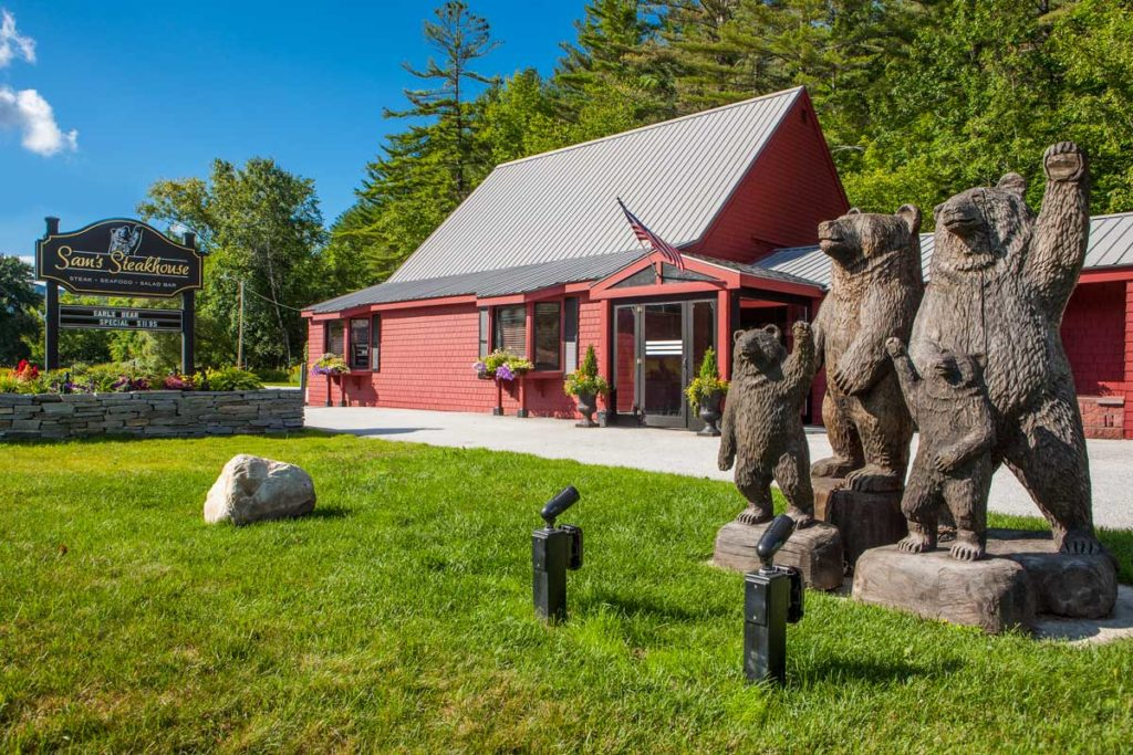 Sams-Steakhouse-Ludlow-Vermont-1024x683